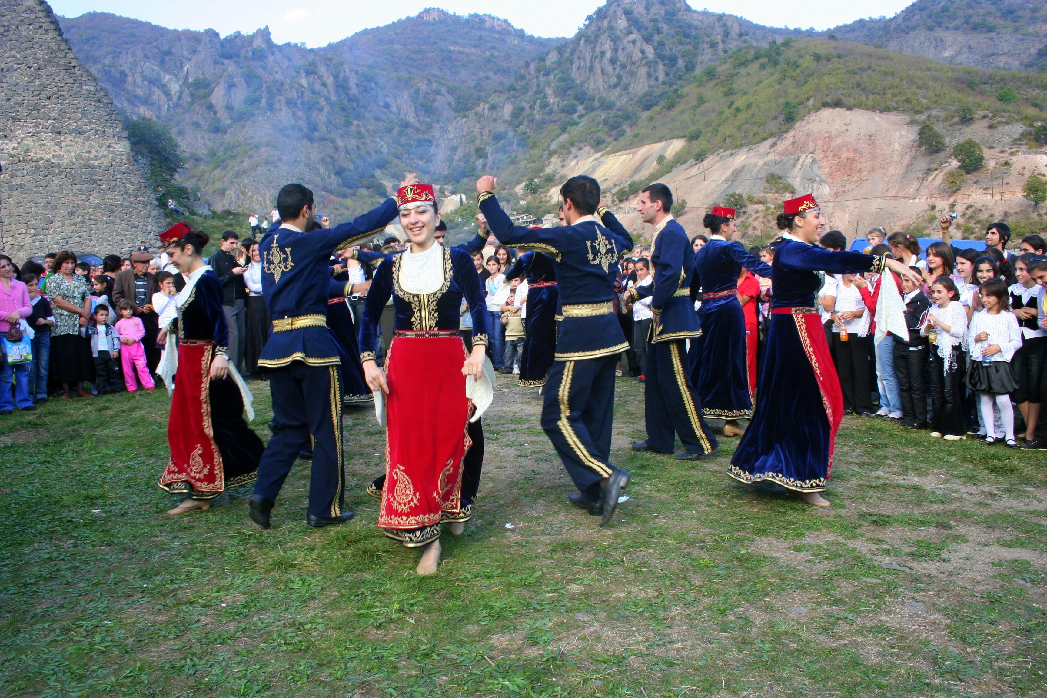 BuchVerlag für die Frau - Eine kulinarische Reise durch Armenien